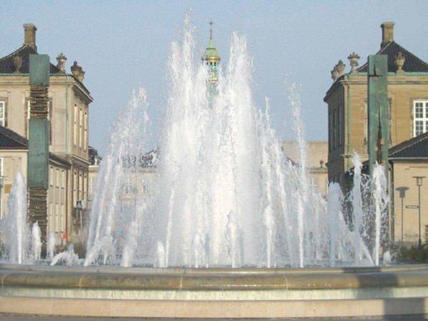 Springvand vedligeholdelse Amalienborg Slot